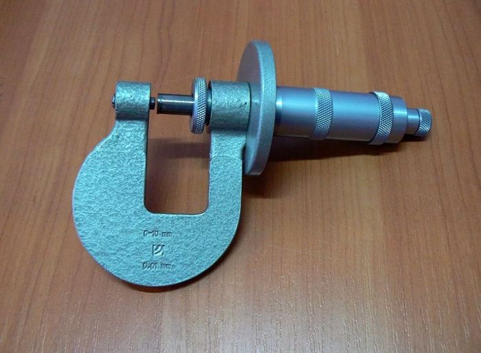 Микрометр листовой МЛ -10