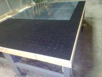 Стол с мягким покрытием для промышленной резки стекла
