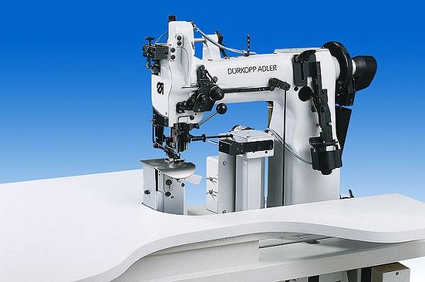 Колонковая швейная машина