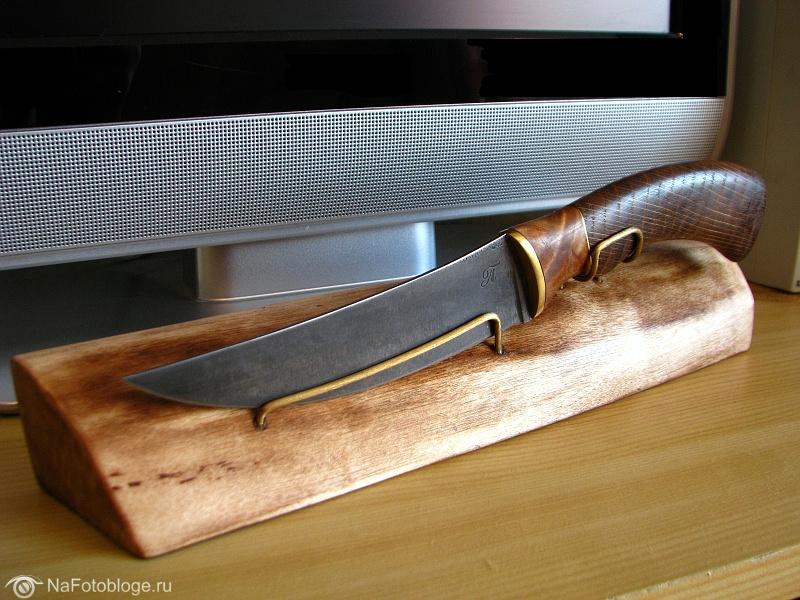 "Авторский нож ""Перс секретарский"" на подставке"