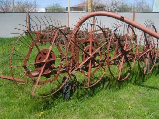 Валковые грабли для трактора