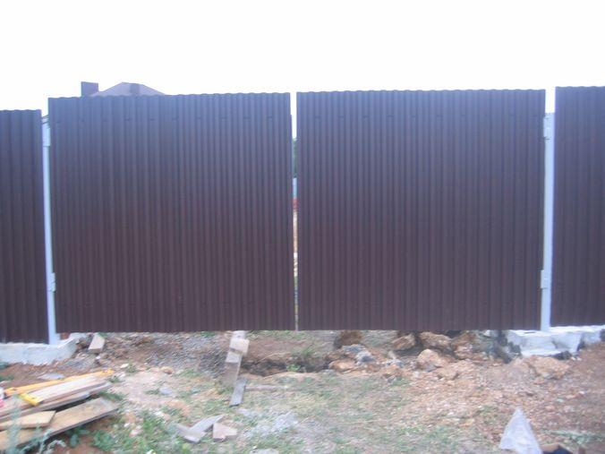 Фасад распашных ворот