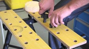 Описание нюансов изготовления своими руками складного стола-верстака
